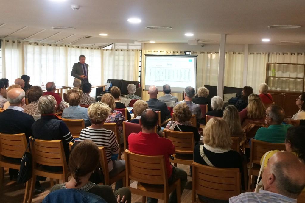 Iñaki Ferrando, director de Comunicación Médica de Sanitas, en Encuentros Familiares Tarragona